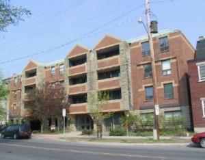 201 Laurier Avenue East